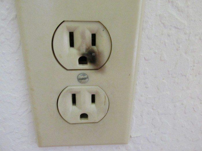 outlet sparks